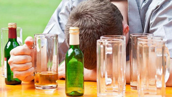 Активный алкоголизм в разы уменьшает шансы на выздоровление при онкологических заболеваниях