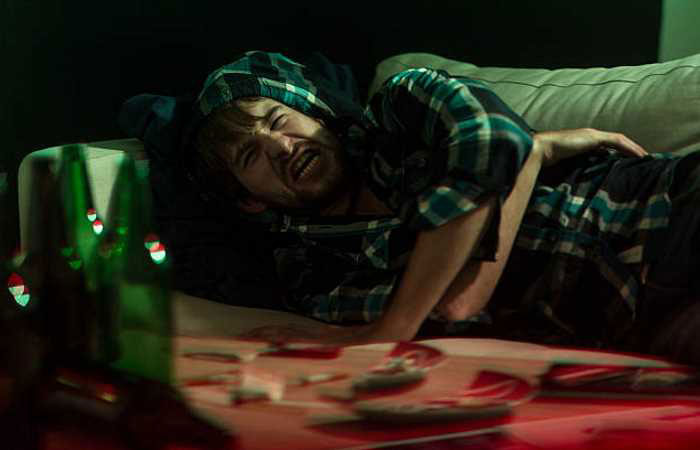 Сочетание алкоголя с Азалептином приводит к проявлению серьёзных побочных эффектов