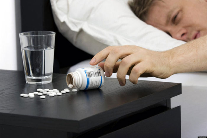 Фенибут прменяют при нарушении работы головного мозга и расстройствах психики, а также при похмелье
