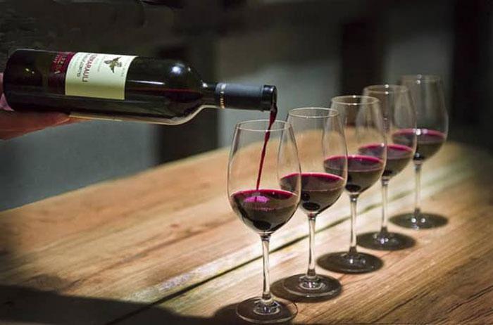 Употребления вина после удаления аппендицита не навредит, если соблюдать небольшую дозировку