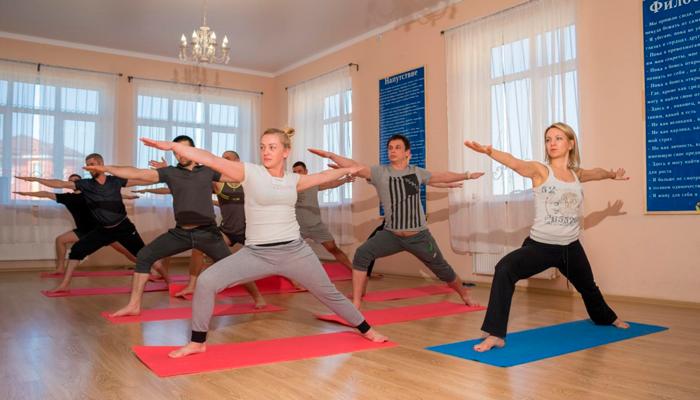 Спортивные занятия постояльцев в реабилитационном центре «Решение» (Нальчик)