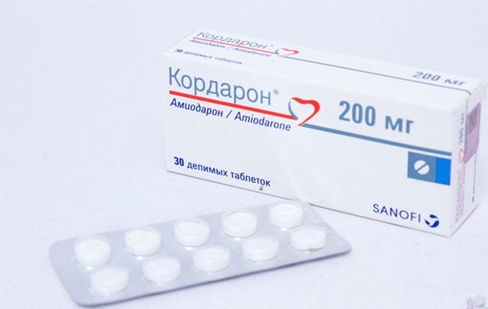 Кордарон является антиаритмическим препаратом, применяемым при сердечно-сосудистых заболеваниях