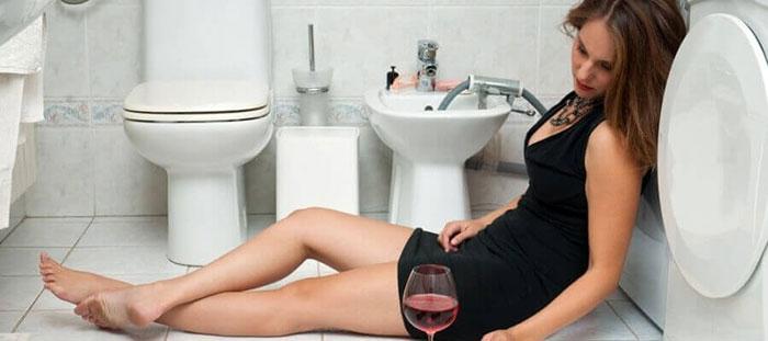 Врачи рекомендуют воздержаться от употребления алкоголя при приёме препарата Новинет