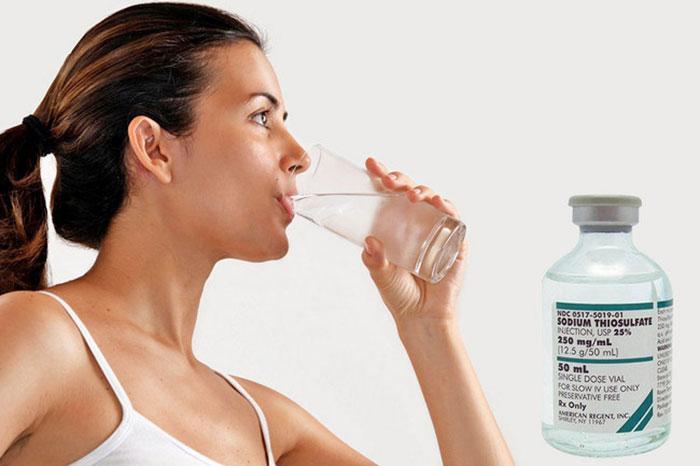 Тиосульфат натрия применяется при токсических отравлениях для очистки организма