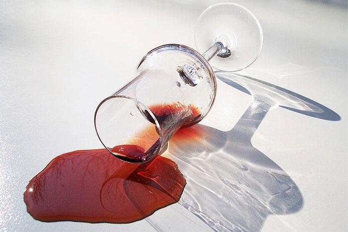 Врачи рекомендуют воздержаться от употребления спиртного на время приёма препарата Нео-Пенотран