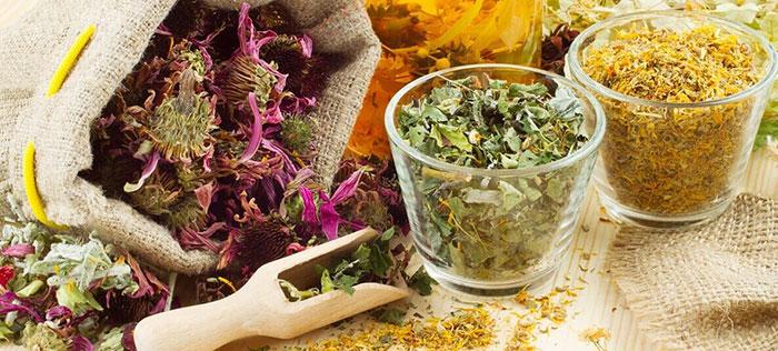 Устранить симптомы аллергии на табачный дым помогут народные рецепты