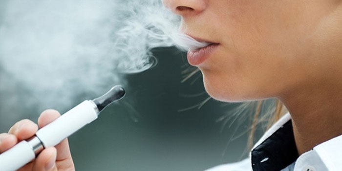 Электронные сигареты являются парогенераторами никотиновых и безникотиновых жидкостей