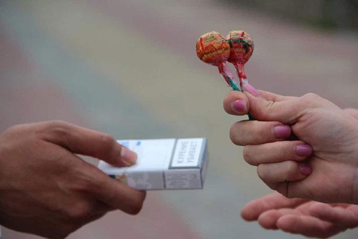 Леденцы от курения работают по принципу никотинозаместительной терапии