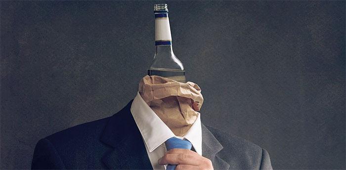 Дееспособность алкозависимых людей регулируется ст. 30 ГК РФ