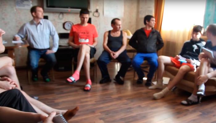 Групповые занятия постояльцев в реабилитационном центре «Вита» (Челябинск)