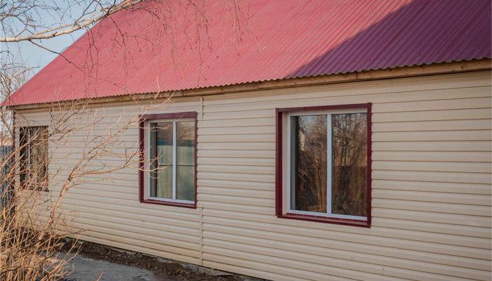 Здание реабилитационного центра «Омега-Плюс» (Новосибирск)
