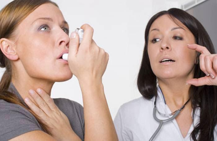 Употребление спиртного может негативно сказаться на течении заболевания и приступах астмы