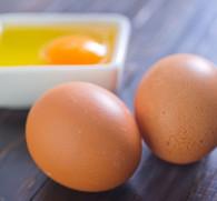 Сырое яйцо от похмелья: принцип действия и лучшие рецепты народного метода