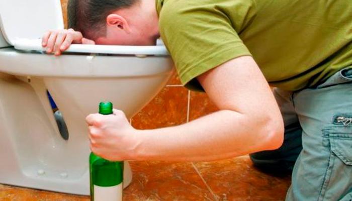 Голод с похмелья из-за рвоты вызванной алкоголем